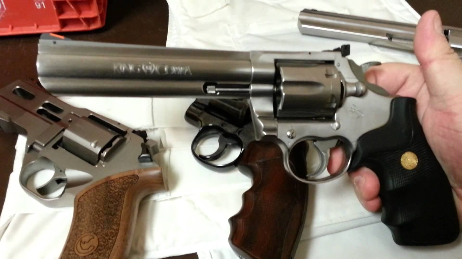 4 Guns Enter 1 Gun Leaves 357 Shootout