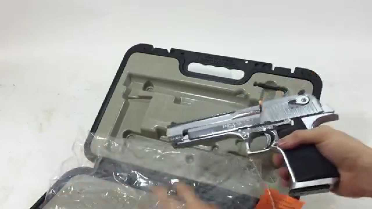 Desert Eagle Polished Stainless 357 Mag Pistol Magnum Research Quick Look (Review)
