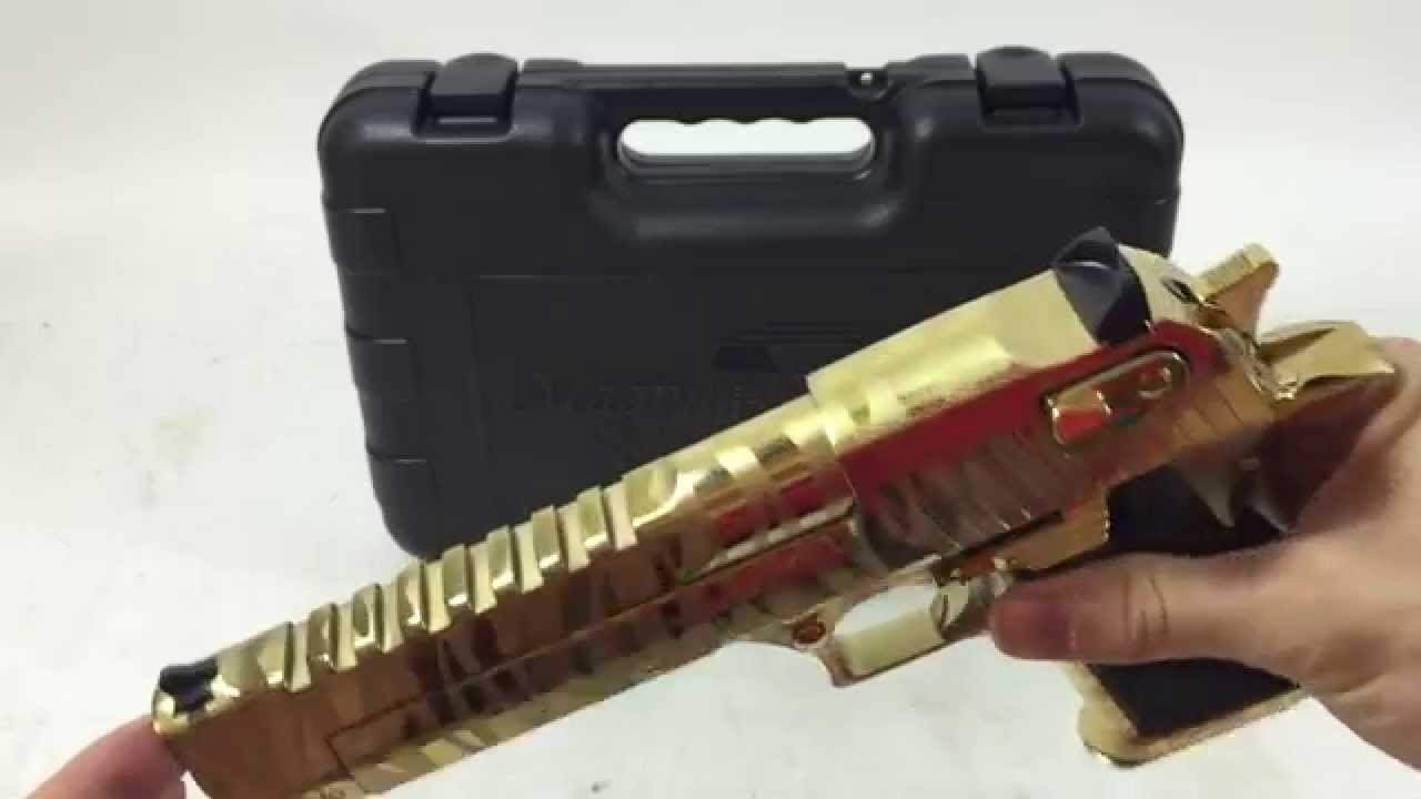 Desert Eagle Tiger Stripe 44 MAG Pistol Magnum Research Quick Look (Review)