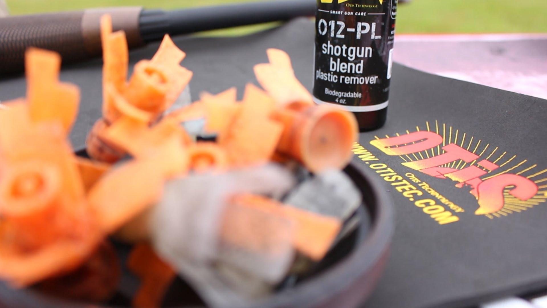 Using the Otis O-12 Shotgun Blend Plastic Remover -  Smart Gun Care