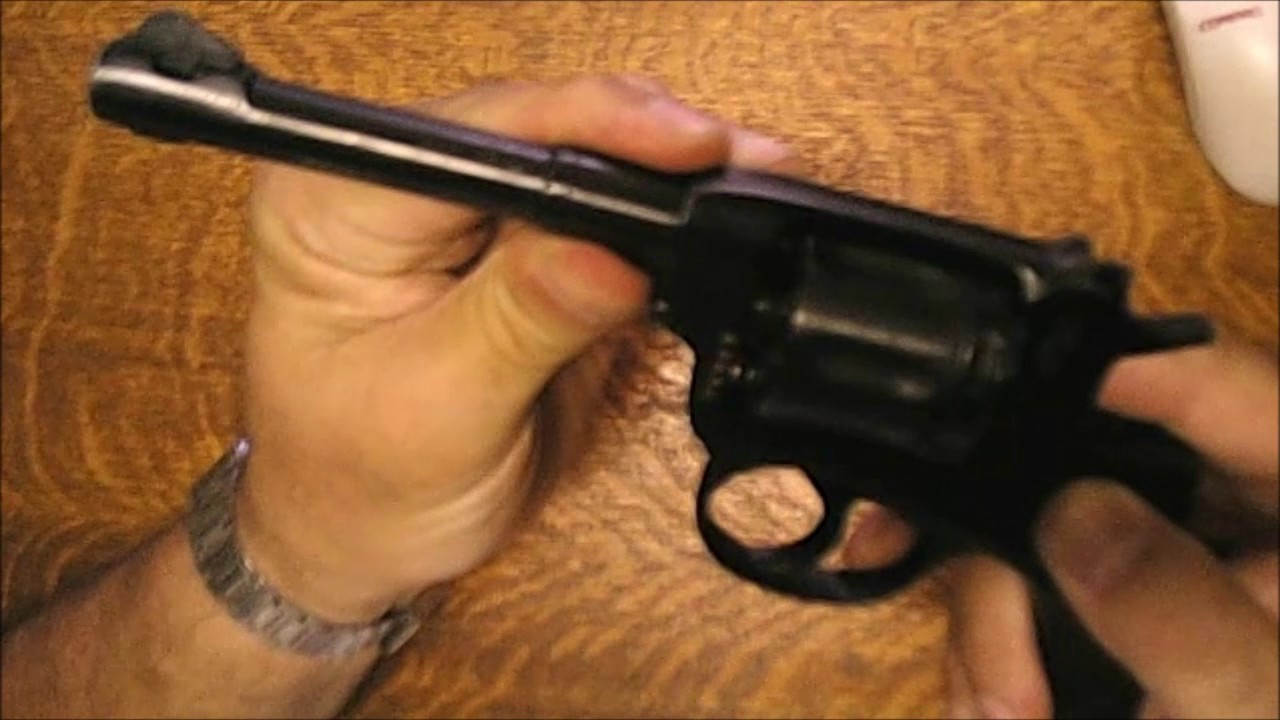 French 1935A pistol at the Range