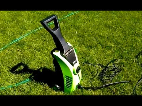 Harbor Freight Portland brand 1750 psi power washer sprayer.