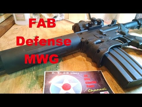 Magazine Well Vertical Fore-grip FAB Defense MWG