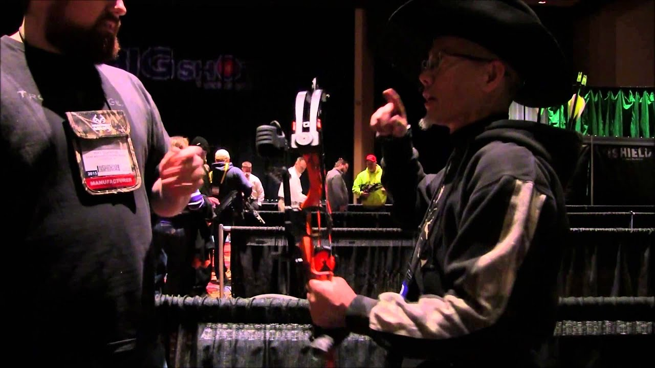 ATA Show 2015 Bear Cruzer Archersparadox2020 by Nito Mortera