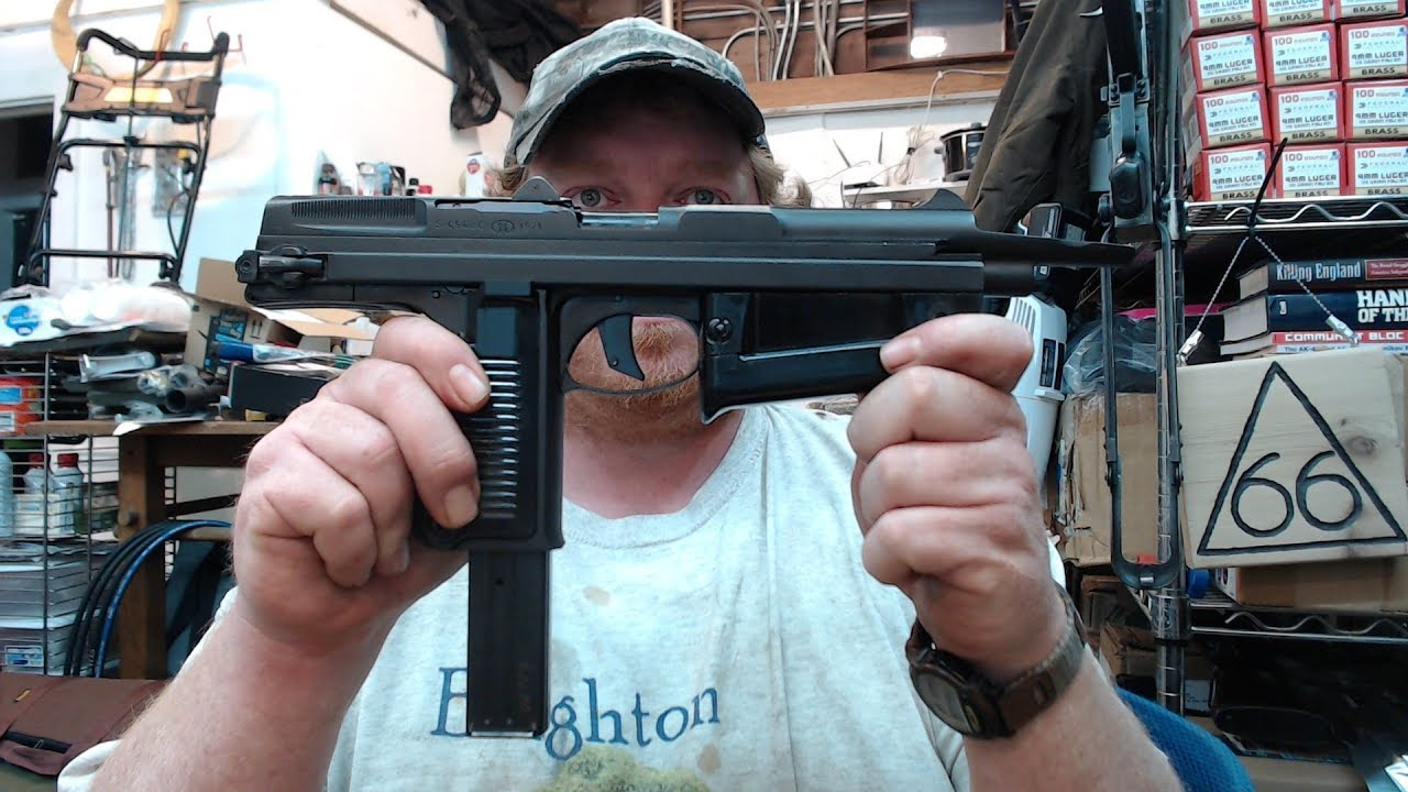 PM-63 RAK Radom Initial Overview & Thoughts Pioneer Interarms PM-63C Pistol