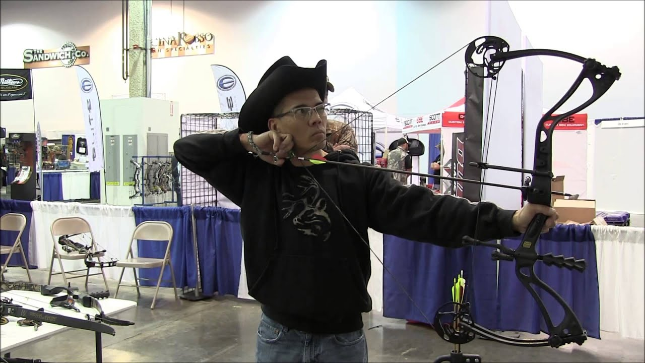 2014 Bowhunting Super Show Day 1 Win Win Carbon Talon Bow