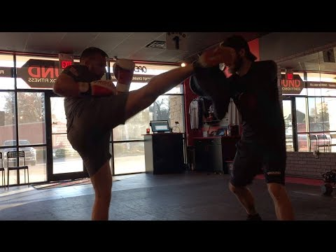 Gym Sessions at 9 Round -- Pad Work & Speed Bag
