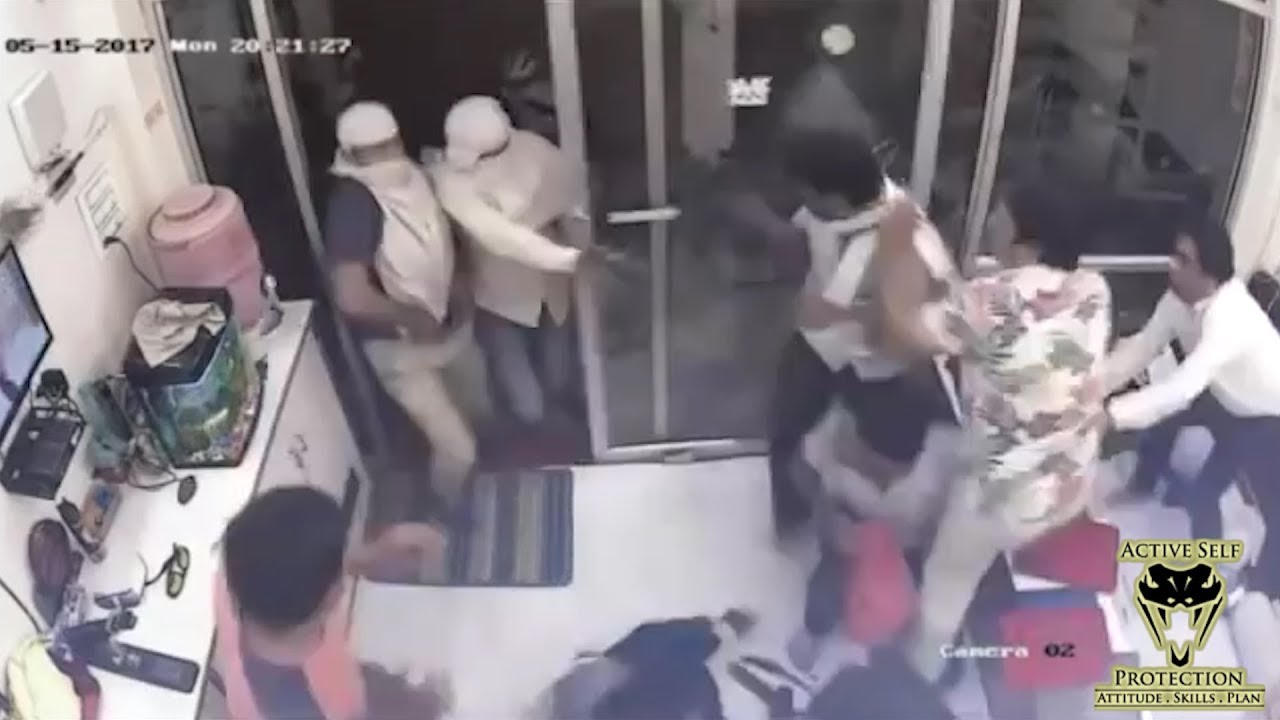 Robbers Storm Jewelry Shop and Cause Bedlam | Active Self Protection
