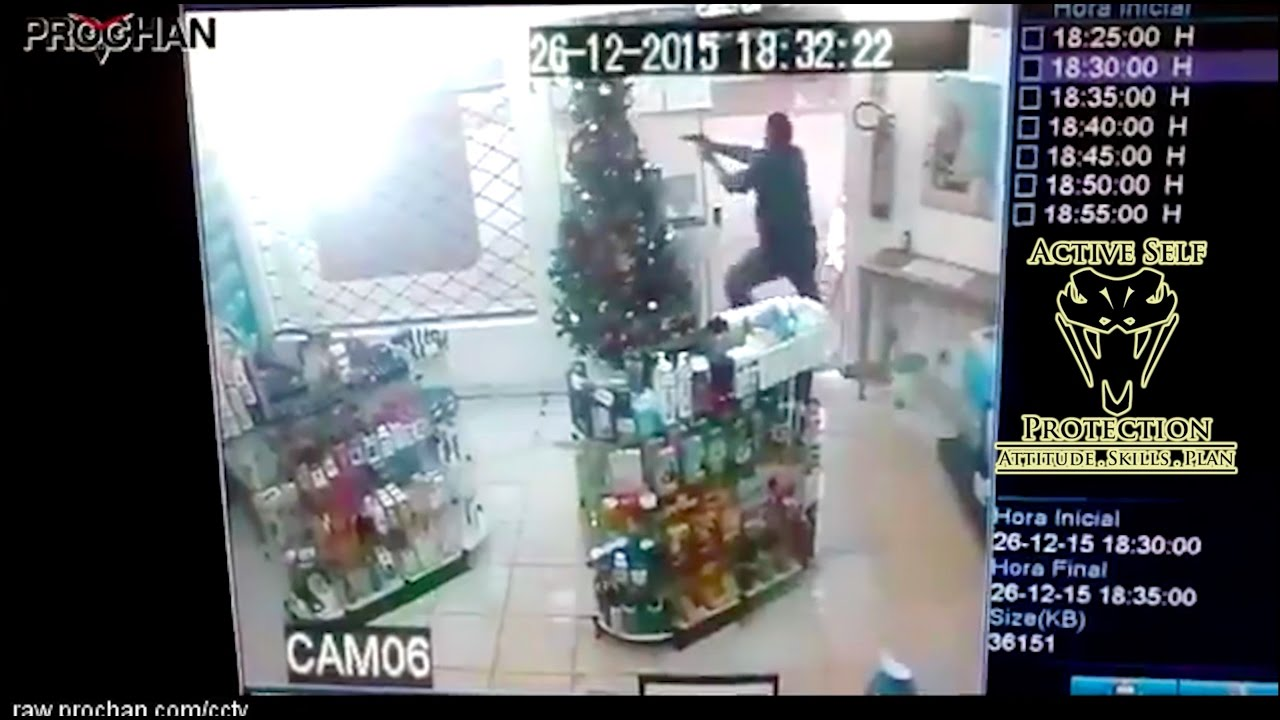 Armed Guard Thwarts Armed Robbery   Active Self Protection