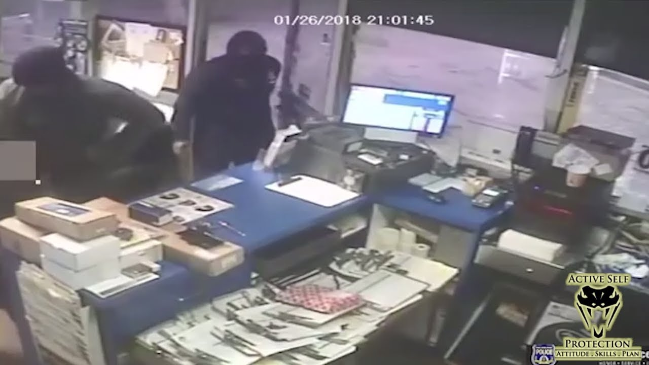 Auto Shop Employee Overwhelmed by Multiple Robbers | Active Self Protection