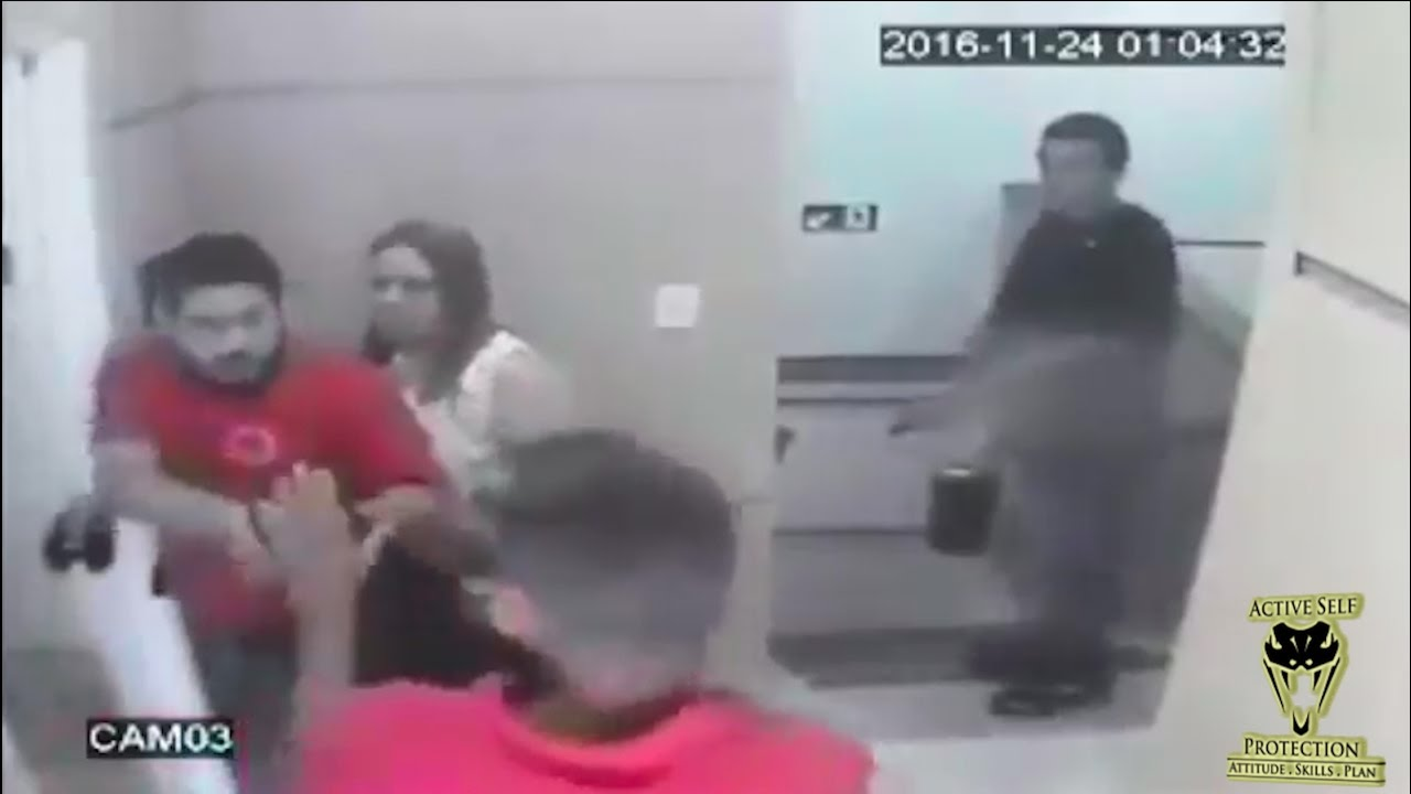 Off Duty Officer Overwhelms Armed Robbers