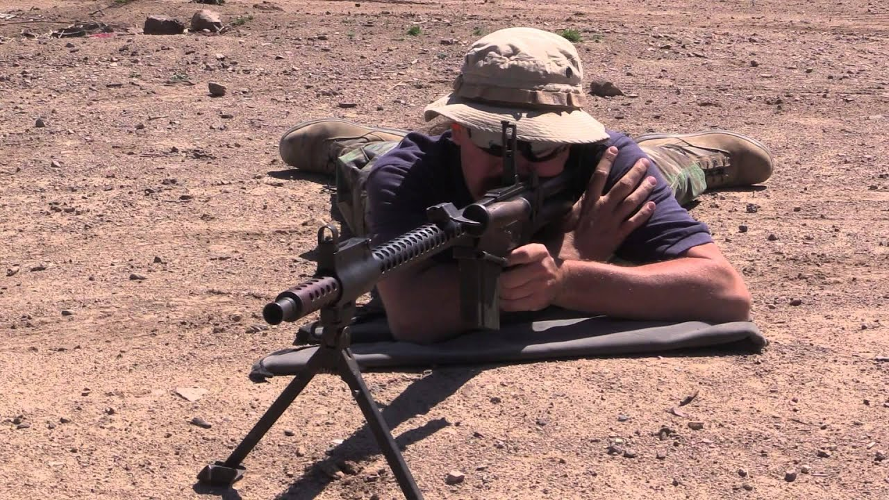 Israeli Dror LMG: Shooting & Disassembly