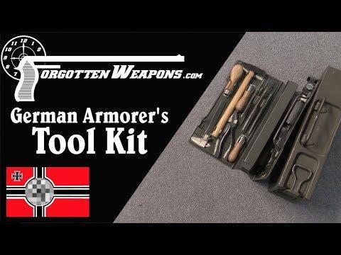 Kleiner Waffenwerkzeugsatz - A German Armorer's Tool Kit