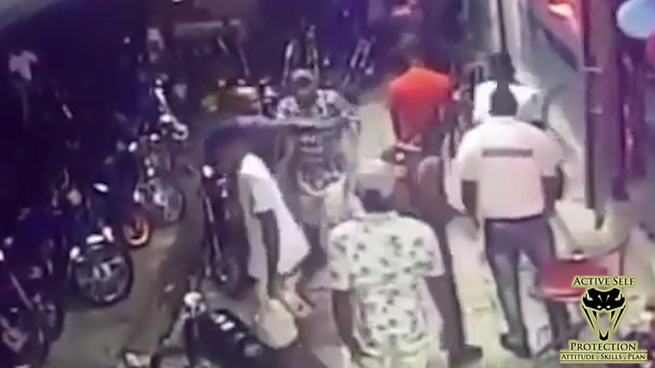 Dispute Outside Bar Gets Ugly | Active Self Protection