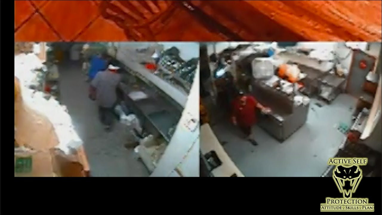 Armed Robbers Pepper Spray and Stab Employees