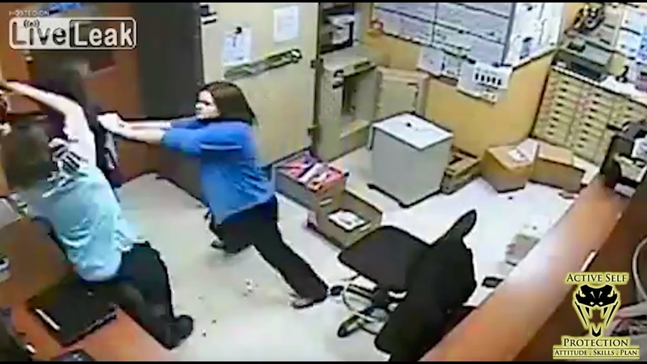 Team Of Clerks Dominate Criminal | Active Self Protection