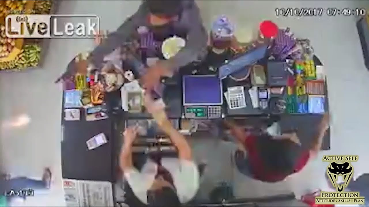 Prepared Bystander Handles His Business   Active Self Protection