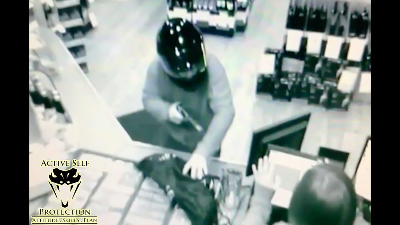 Clerk Grabs Gun From Armed Robber | Active Self Protection