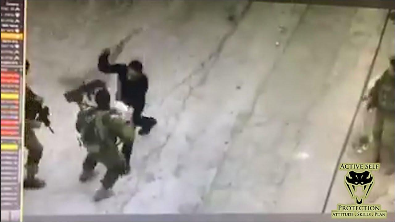 Ambush Knife Attack Caught on Camera
