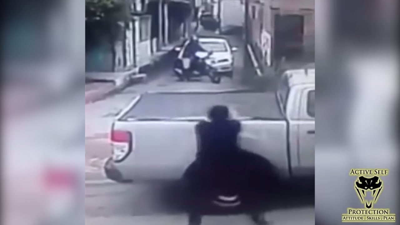 Unluckiest Robber Stopped By Passing Off Duty Cops   Active Self Protection