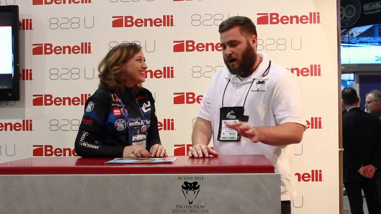 A special interview with the amazing Julie Golob!