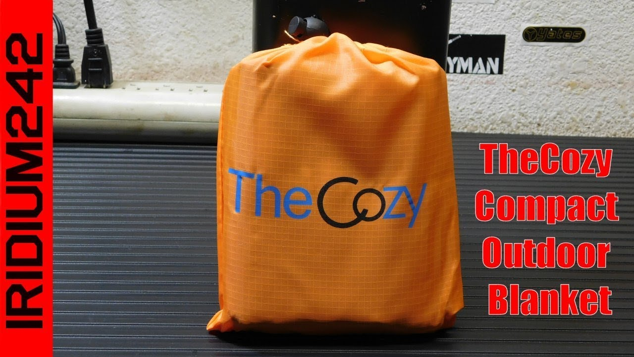 TheCozy Compact Outdoor Blanket: Perfect For Backpacking Or Hiking