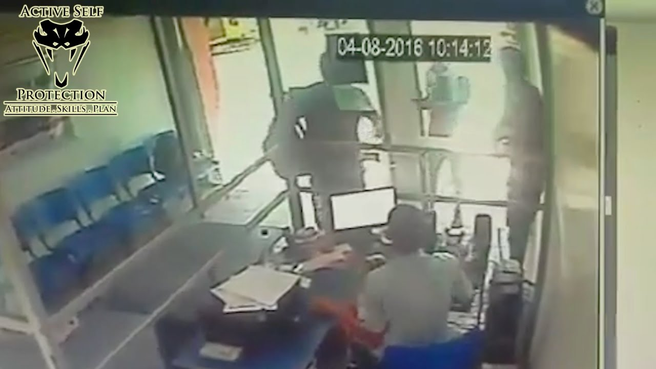 Armed Victim Demonstrates Perfect Armed Robbery Defense   Active Self Protection