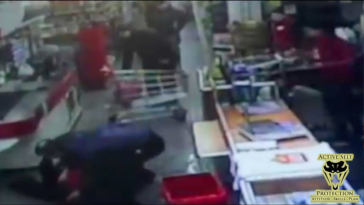 Shopper Defends Against Armed Robber | Active Self Protection