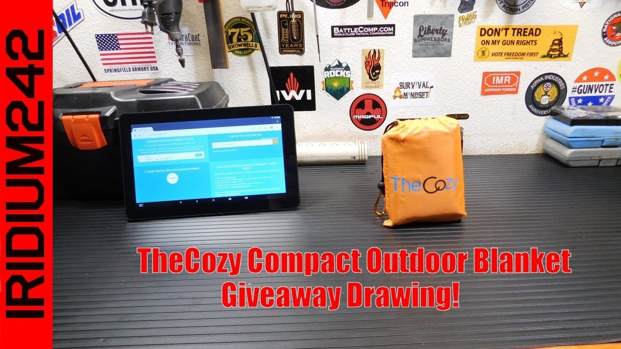 TheCozy Compact Outdoor Blanket Drawing Winner!