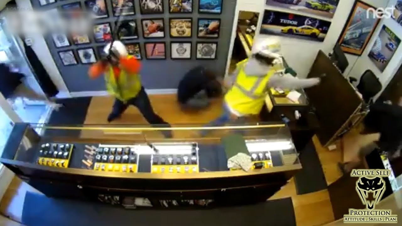 Manager Chases Off Robbers Who Pepper Sprayed Him | Active Self Protection