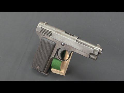 Beretta 1915: the First of the Beretta Pistols