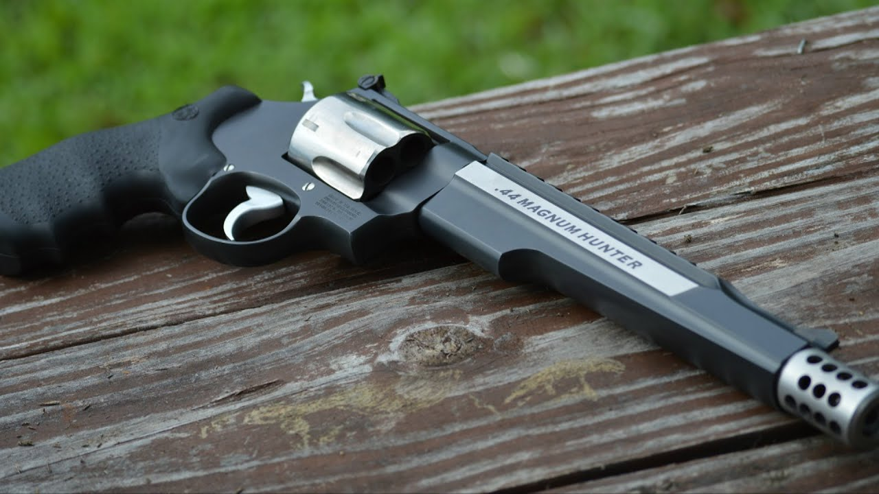 Smith & Wesson Performance Center .44 Magnum Hunter