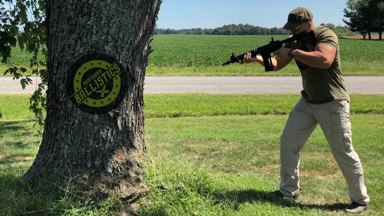 Cutting Down A Tree With A Full Auto AR-15 (FAIL)(Full Auto Friday)