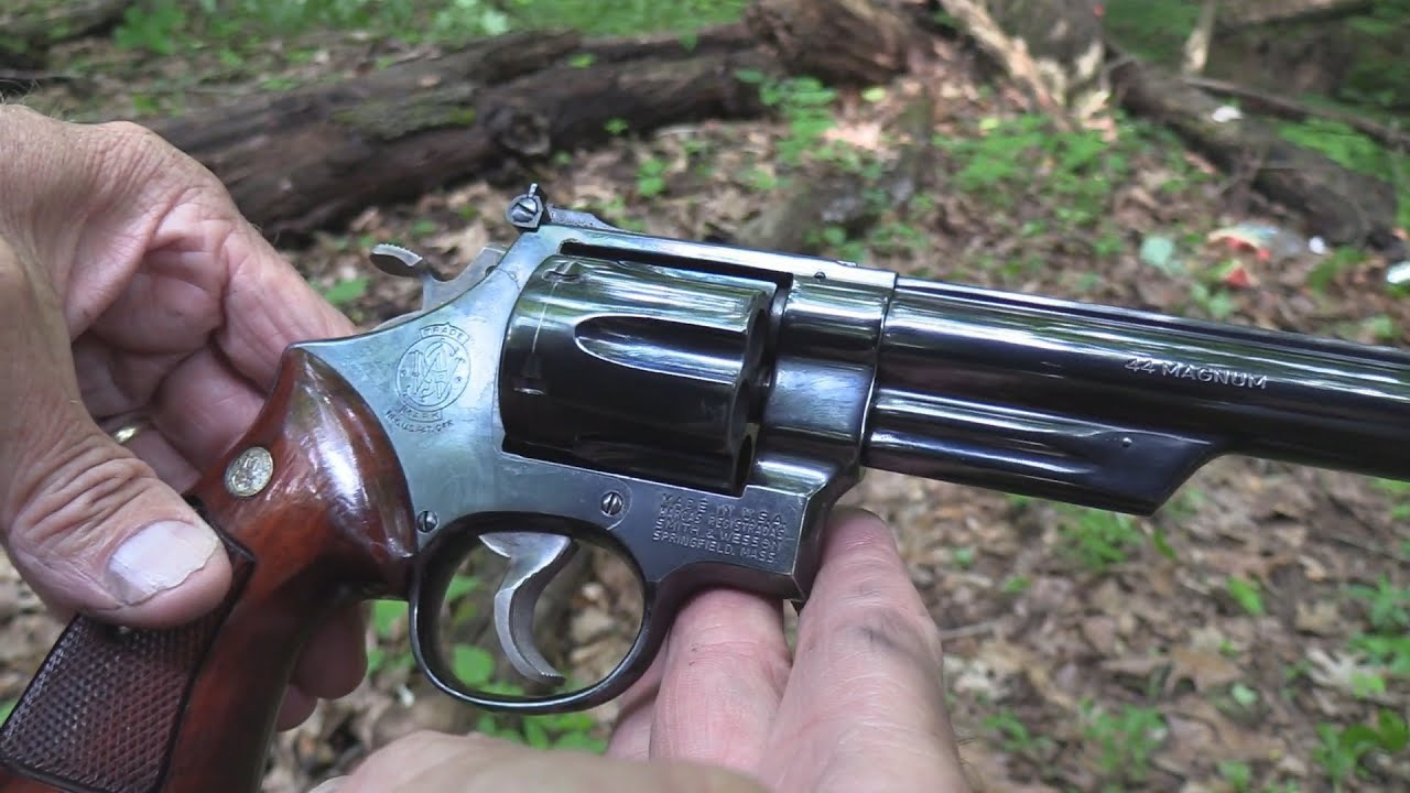 Dirty Harry  44 Magnum Close up