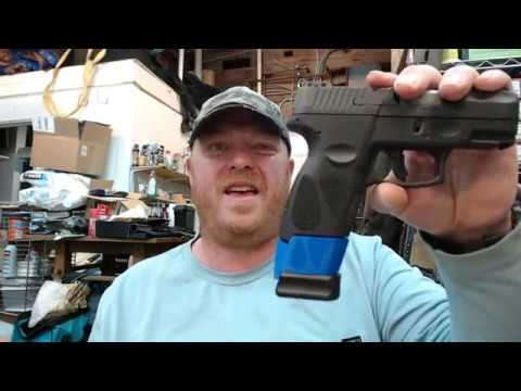 Taurus G2C 9mm Mec-Gar P226 18 / 20 Magazine Grip Spacer & Mag Loader Review From Bloody Wheels