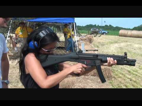 Full Auto Machinegun Shoot