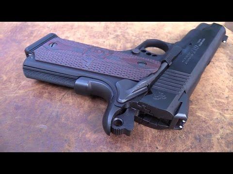 Colt 1911 Lightweight Commander