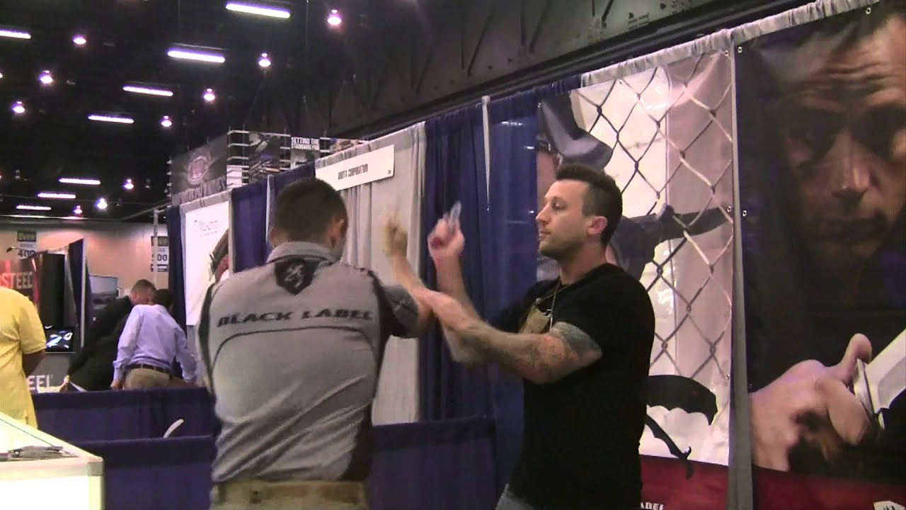 Jared Wihongi Shows a few moves at the Blade Show, 2014