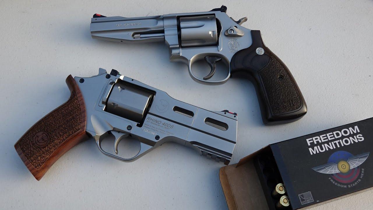 Chiappa Rhino 40DS vs Smith & Wesson 686 SSR