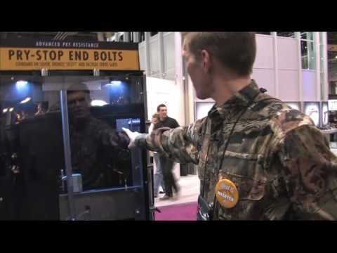 Browning ProSteel Product manager reviews guns safes at 2010 SHOT Show.