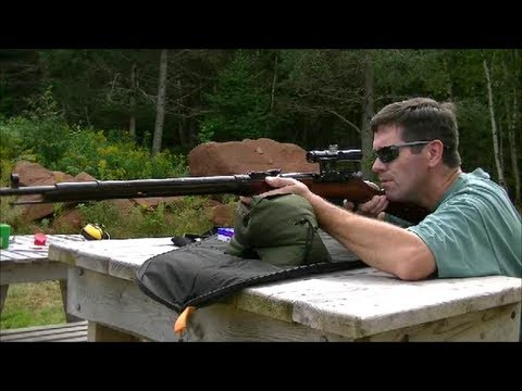 Shooting the Mosin Nagant M91/30 Sniper Rifle