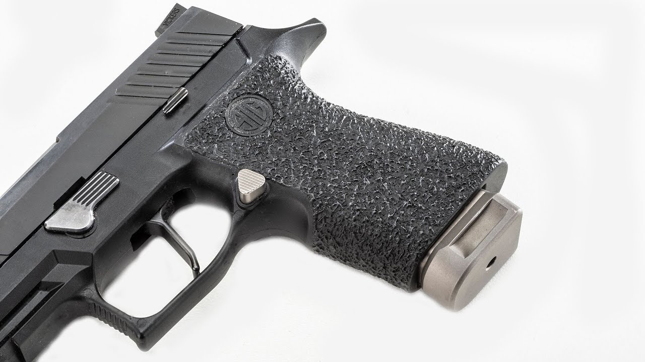 Grip Chop and Texture on an a SIG P320 X-Carry Grip by Robar #605