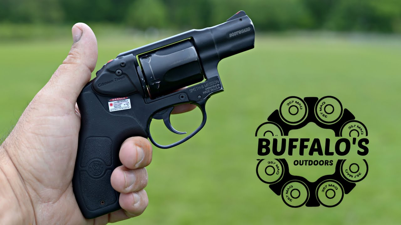 Smith & Wesson BODYGUARD 38 - concealed carry revolver