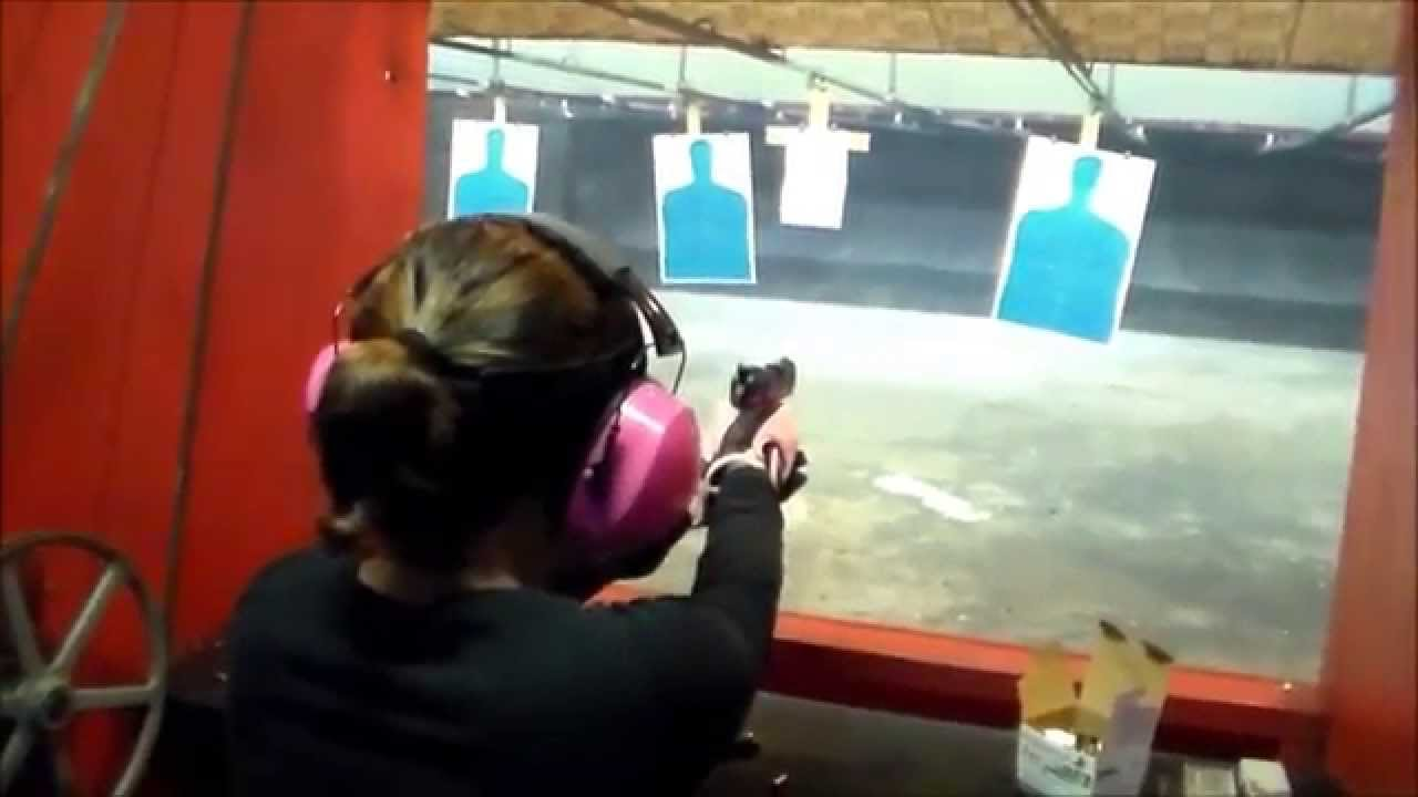 MY WIFE SHOOTING HER PINK RUGER SR22