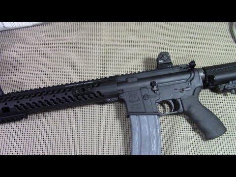 Нужна ли АР-15 для обороны дома?  Когда 1х61лет  против 4х17-22 лет ДА!