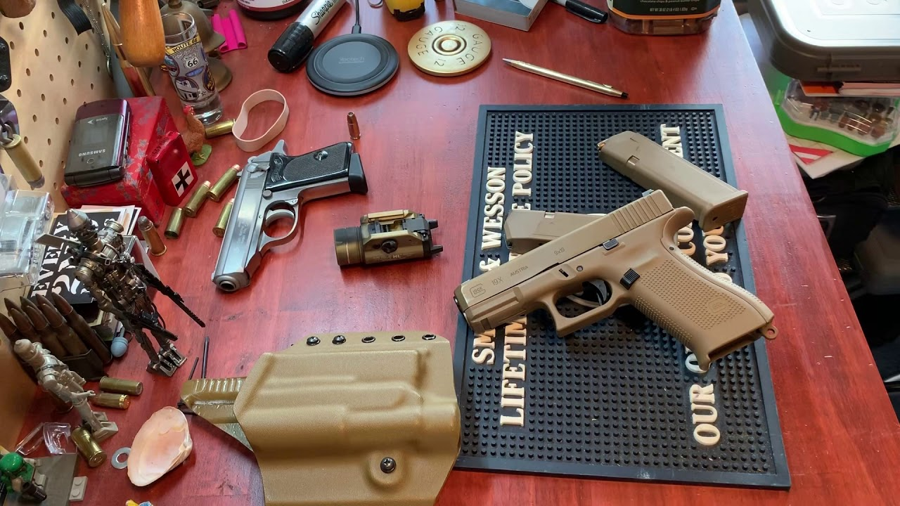 Bang for your buck Glock 19X review. (is Tupperware all it's cracked up to be?)