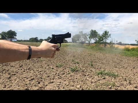 Smith and Wesson 586 L-Comp At The Range Shooting Review