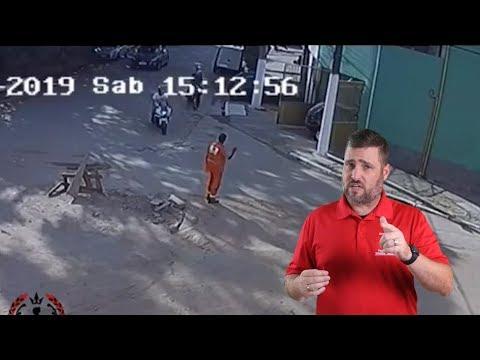 Good Guy Repels Moto Robbers