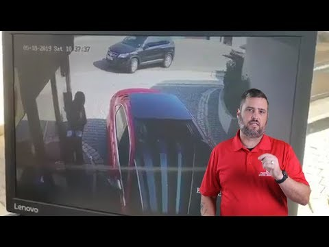 Quick-Thinking Driver Uses His Vehicle