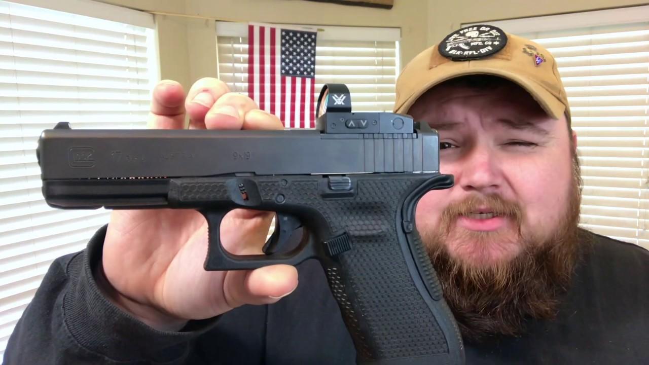 Glock G17 [laser engraved stippling]